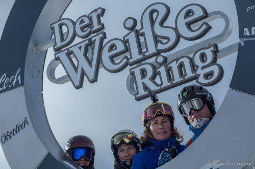 Auch der legendäre Weiße Ring liegt auf der Strecke, den die Ski Rider auf ihrem Weg durchs winterliche Vorarlberg kreuzen.