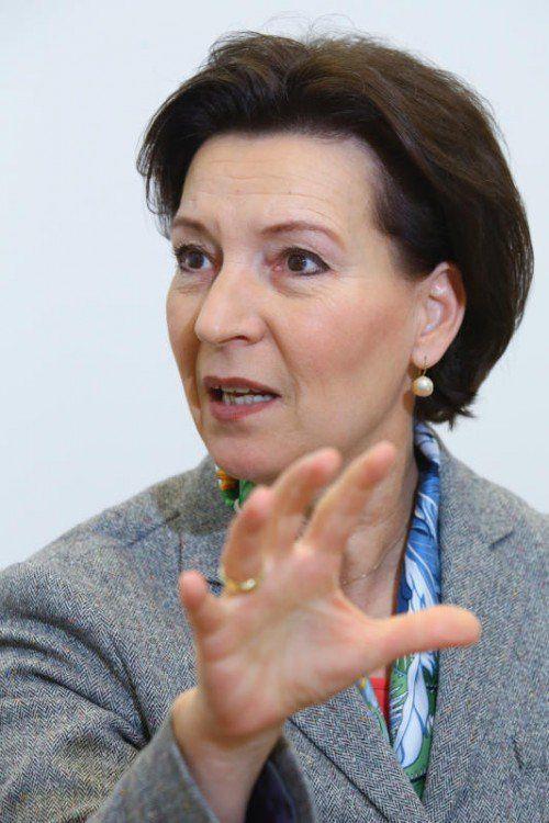 Bildungsministerin Gabriele Heinisch-Hosek setzt weitere Maßnahmen gegen den Extremismus an Österreichs Schulen. Foto: VN/Hofmeister