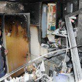 Benachbarte Familie griff zu Feuerlöschern
