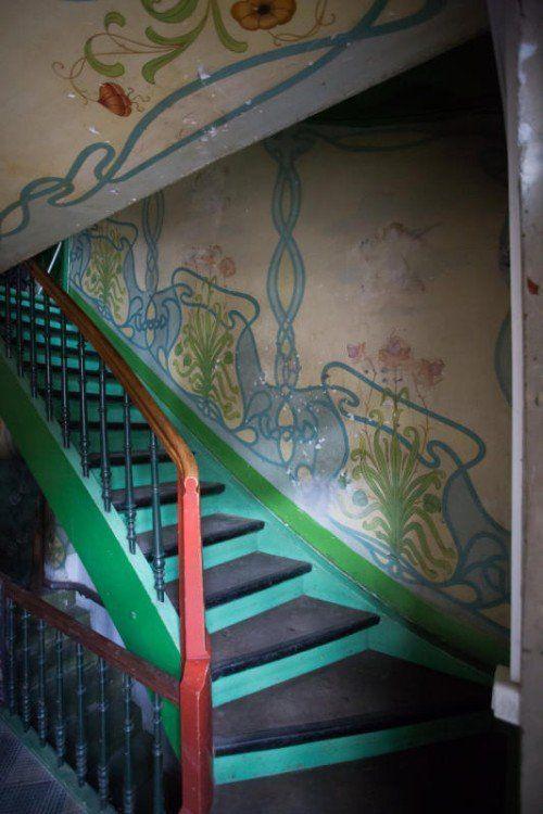 Das Haus mit Originalmalerei soll sorgsam saniert werden. Foto: VN