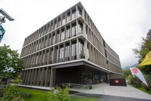 Der neue Verwaltungsbau wurde 2013 eingeweiht.  Foto: VN/Steurer