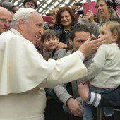 Papst: Würdevolles Schlagen in Ordnung