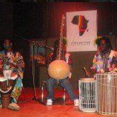 Afrikanischer Ball im Vereinshaus