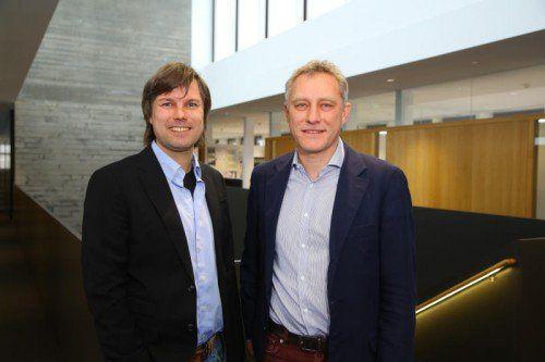 Die i + R-Geschäftsführer Reinhard Schertler und Joachim Alge rechnen auch 2015 mit guten Geschäften.  Foto: VN/Hofmeister