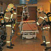 Patient in Linz fast in Spitalsbett verbrannt