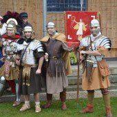 Junge Montessoris zu Besuch bei den Römern
