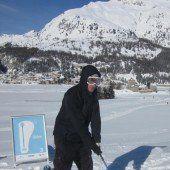 Präzise Schläge beim Schneegolf