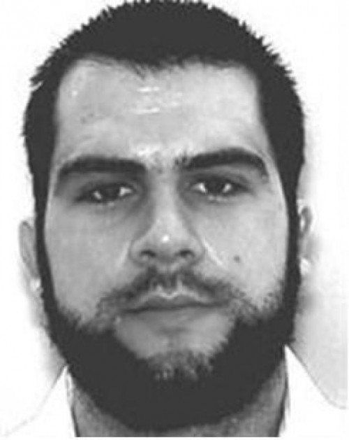 Enes S. wird von Interpol gesucht.  Foto: Interpol