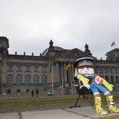 hitchBOT trampt durch Deutschland