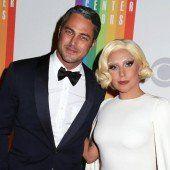 Lady Gaga hat sich verlobt