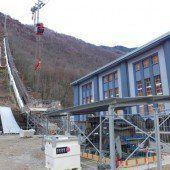 Gantner-Seilkrananlage in den Pyrenäen