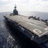 Frankreich schickt Flugzeugträger Charles de Gaulle in den Kampf gegen Terrormiliz IS