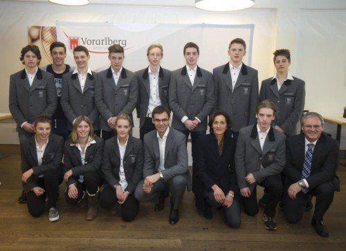 Gruppenbild mit dem Landeshauptmann als krönender Abschluss des EYOF 2015. Fotos: Paulitsch/4
