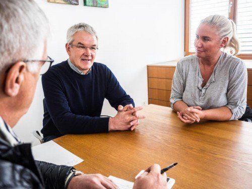 """""""Herbert Sausgruber hat nie mehr versprochen als er halten konnte. Vor ihm habe ich großen Respekt"""": Gemeindechef Hirschühl im VN-Gespräch."""