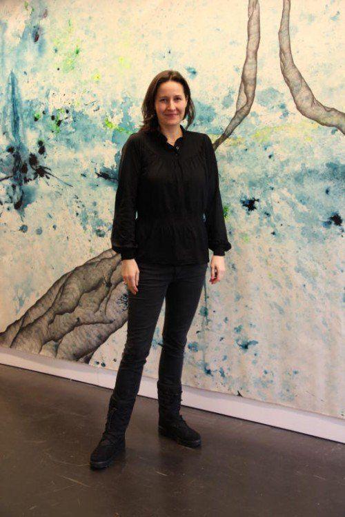 In der Ausstellung von Ines Agostinelli wird eine unmittelbare Bilderfahrung im großen, wandfüllenden Format möglich.  Foto: AG