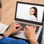 Immer mehr Opfer von Dating-Lines im Internet