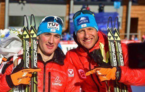 Sepp Schneider (l.) und Berni Gruber feiern Platz drei. Foto: gepa