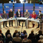 Vollbesetzter Saal im Feldkircher Montforthaus zur Gemeindewahl 2015