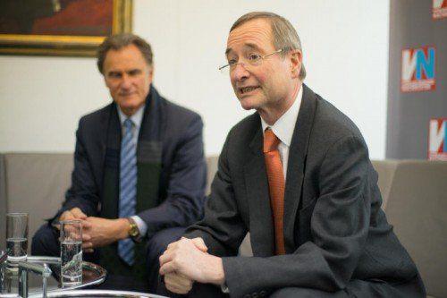 Zu Besuch bei den VN: WKV-Präsident Manfred Rein und Christoph Leitl, Präsident der Wirtschaftskammer Österreich. Foto: VN/Hartinger
