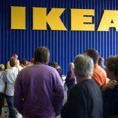 Der Ikea-Elch steckt im Vorarlberger Verkehr fest