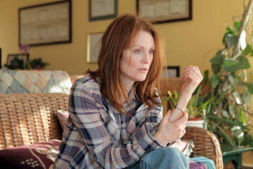 Alice (Julianne Moore) leidet an einer seltenen, früh auftretenden und vererbbaren Form von Alzheimer.  Foto: Sony Pictures