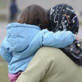 Land behandelt Asylanträge