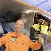 Erster Weltrekord für Solar Impulse 2