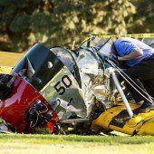 Harrison Ford stürzt mit Flugzeug auf Golfplatz