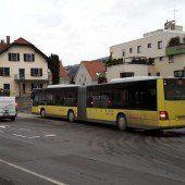 Gelenkbusse stauen sich