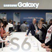 Samsung und HTC mit neuen High-End-Handys