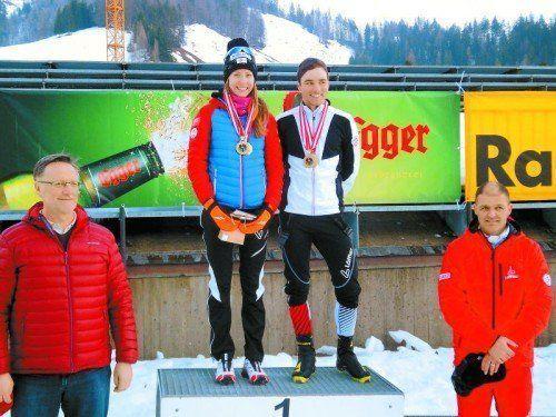 Dominik Baldauf bei der Siegerehrung mit Damensiegerin Theresa Stadlober. Foto: Privat