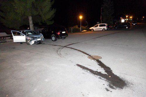 Eine Ölspur verriet der Polizei, wo der Wagen nach dem Crash abgestellt worden war. Fotos: Mathis
