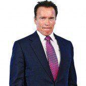 Arnie ohne Helm erwischt