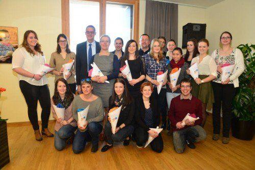 LR Christian Bernhard hieß die Schüler willkommen. Foto: Stadt