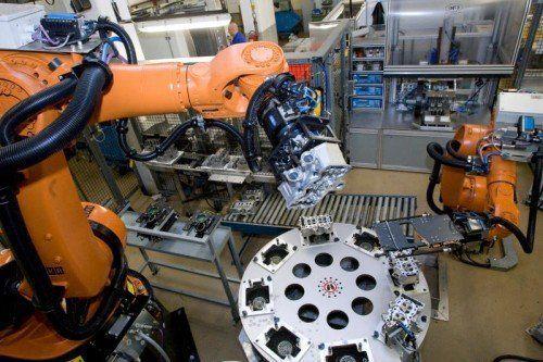 Mahle König ist auf die Entwicklung und Herstellung von Motorenkomponenten spezialisiert.