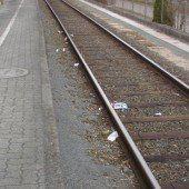Götzner Bahnhof wieder vermüllt