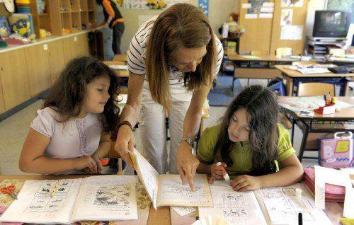 Ab der zweiten Klasse Volksschule soll es wieder Ziffernnoten geben. Eine ausschließliche alternative Beurteilung ist nicht mehr möglich. APA