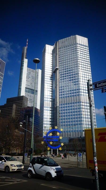 Im 38. Stock des Eurotowers befindet sich die Energiezentrale.
