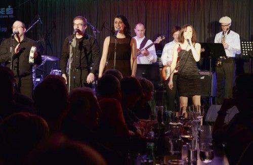 Der Riga Soul Club sorgt für ausgelassene Stimmung in der Götzner Kulturbühne AMBACH. foto: riga soul club