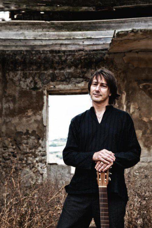 Der sizilianische Liedermacher Pippo Pollina verzaubert sein Publikum seit fast 30 Jahren.  Foto: Seelax