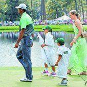 Golfstar Tiger Woods kam mit Lebensgefährtin Lindsey Vonn und den Kindern zum Par-3-Bewerb
