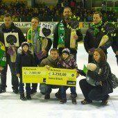 EHC Lustenau unterstützt mit großer Spende eine Familie