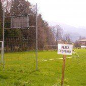 Altach setzt Fußballplatz im Bofel instand
