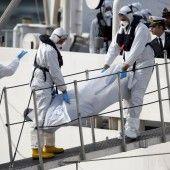 Wieder Flüchtlingsboote auf See in Not geraten