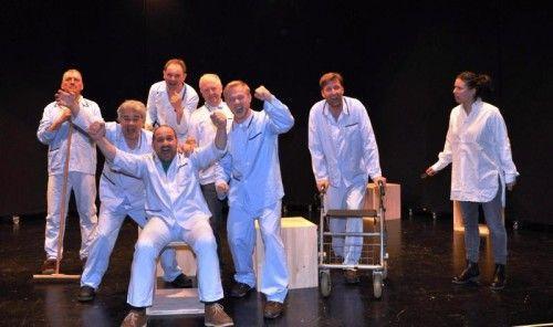 """Nicht jeder kommt mit seiner Welt zurecht. Der Theaterverein Bizau bringt """"Einer flog über das Kuckucksnest"""" auf die Bühne. foto: theterverein bizau"""