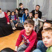 Elf Kinder ohne Dach überm Kopf