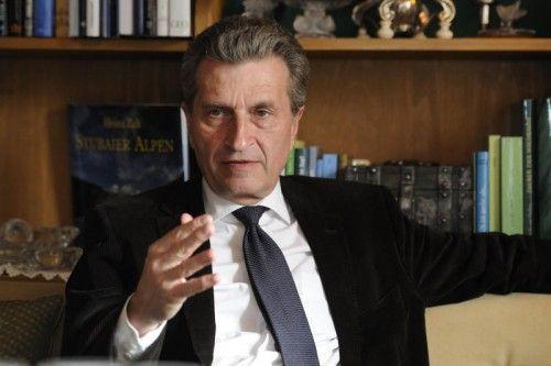 """Oettinger: """"Eckpfeiler der Wettbewerbsfähigkeit."""" Stiplovsek"""