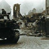 Bombenangriffe und Panzer
