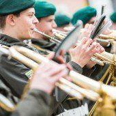 Lieber Militärmusik mit 20 Soldaten als gar keine