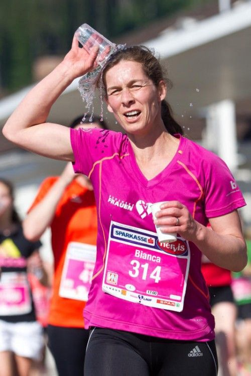 Vorarlberger Ökostromkundinnen sind beim Frauenlauf 2015 kostenlos dabei.  VN/Steurer